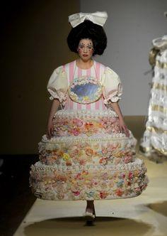 Maki Nakamura, Bodies to clothe: fashion design