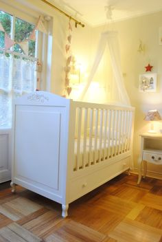 Cuna de madera Lil Boy, My Little Baby, Future Mom, Baby Bedding Sets, Prams, Kids Furniture, Baby Room, Small Spaces, Toddler Bed