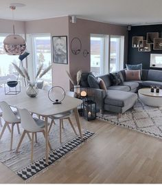 Wohnen // Wohnzimmer Wohnzimmer // Rosé / Grau Bring Beauty To Every Room In Your House There are ma Living Room Trends, Living Room Grey, Home Living Room, Apartment Living, Living Room Decor, Home Remodeling, Family Room, Interior Design, Furniture