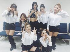 """민정 김 on Instagram: """"인기가요안다막방!!!😭 드라마촬영때문에급하게떠난안다ㅜ.ㅜ 안뇨옹..💕"""" • Instagram Korean, Dancers, Coat, Instagram Posts, Jackets, Pictures, Fashion, Down Jackets, Photos"""