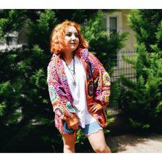 Kartopu Jersey iple renk renk motif ördüm. Bilek kısmına şiş ile lastik yaptım. Kimono Top, Photo And Video, Instagram, Tops, Women, Style, Fashion, Swag, Moda