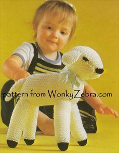 A little knitted spring lamb toy to make in easy garter stitch (all plain)9;Pattern PDF WZ576 from WonkyZebra.com