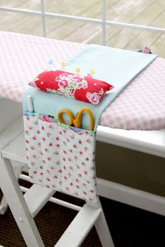 Pretty Ironing Board Organizer - free pattern @ Flamingo Toes, thanks so xox ☆ ★   https://uk.pinterest.com/peacefuldoves/