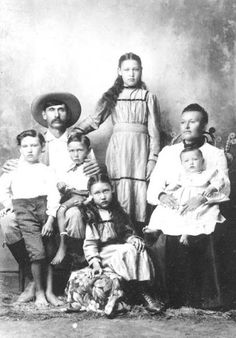 Looney Hicks Griffin with his wife, Mary Ann Morgan-Griffin, and their children… Cherokee History, Native American Cherokee, Native American Tribes, Native American History, Native Americans, Cherokee Tribe, Cherokee Indians, Cherokees, Native Tattoos