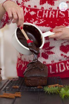 Bardzo prosty piernik świąteczny z czekoladą - Lawendowy Dom Chocolate Fondue, Dom