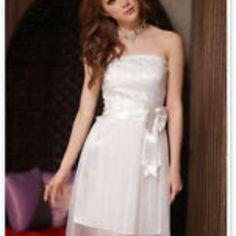 White lace bow tube dress