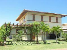 Linda casa 4 suítes em excelente condomínio à venda em Praia do Forte, Bahia, Brasil.  Veja mais imóveis em Praia do Forte aqui agora -  http://www.imoveisbrasilbahia.com.br/praia-do-forte-imobiliaria