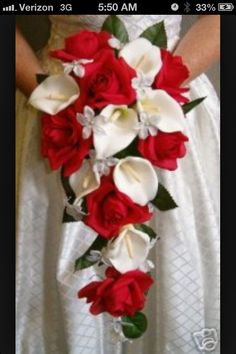 Calla lilies and roses! Love it!!!