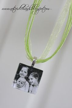 Photo Necklace that could be a good gift for grandmas
