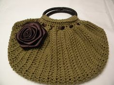 free crochet purse patterns | Crochet Bag Patterns: FREE Crochet bags with CrochetMe