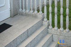 Granit Bordsteine Und Blockstufen