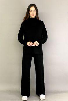 Γυναικειο σετ πλεκτο Total Black, Lounge Wear, Must Haves, Normcore, Knitting, Outfits, Style, Fashion, Swag