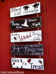 DIY Halloween Crafts : DIY Halloween Door Hanger Project and Free Printables: DIY halloween decor