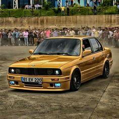BMW E30 3 series gold