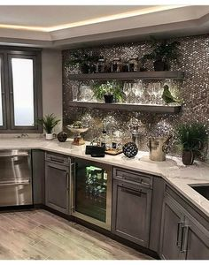 44 Inspiring Design Ideas for Modern Kitchen Cabinets - The Trending House Home Bar Decor, Home Decor Kitchen, Interior Design Kitchen, New Kitchen, Home Kitchens, Interior Decorating, Kitchen Walls, Kitchen Hair, Bar Interior
