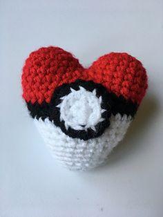 Ravelry: #crochet, free pattern, amigurumi, heart, pokemon, Valentine, #haken, gratis patroon (Engels), hart, pokemon, sleutelhanger, decoratie, Valentijn, huwelijk, #haakpatroon