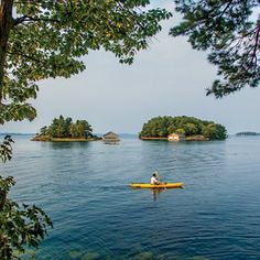 Travel Guide: The Thousand Islands | This freshwater playground of vintage boats and Victorian cottages on the Saint Lawrence between New York and Ontario may be America's greatest hidden getaway. Discover where to stay, eat, and play in this watery wonderland.