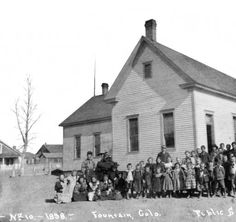 No. 10 - 1898 - Fountain, Colo. - public school :: Western History