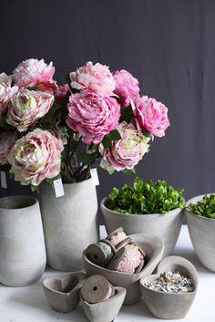 Kollektion Frühjahr & Sommer 2016 - Fachgroßhandel für Floristikbedarf, Deko & Wohnaccessoires Planter Pots, Spring Summer, Home Decor Accessories, Deco