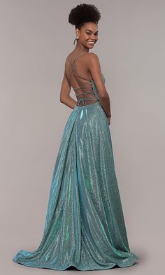 Shop iridescent glitter backless prom dresses at PromGirl. Long backless formal dresses and open-back glitter corset dresses with square necklines and long full skirts with pockets. Prom Dresses Under 100, Cute Prom Dresses, Prom Dress Stores, Prom Outfits, Backless Prom Dresses, Ball Dresses, Homecoming Dresses, Pretty Dresses, Formal Dresses