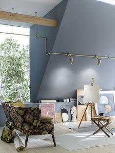 Be creative with Sistema Canaline by Il Fanale Craftsmanship and customization are embodied in Sistema Canaline: this lighting system, available both in brass and antiqued brass, thanks to its modularity allows plenty of lighting solutions. Luxury Lighting, Cool Lighting, Lighting Design, Interior Styling, Interior Decorating, Hotel Boutique, Lighting Showroom, Lighting Solutions, Lighting System