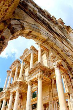 A Biblioteca de Celso na antiga Ephesus, Anatolia | Selçuk, Turquia (Ásia Ocidental)