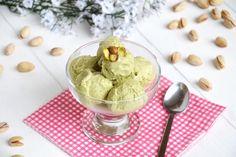 Gelato al pistacchio, scopri la ricetta: http://www.misya.info/ricetta/gelato-al-pistacchio.htm