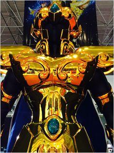 As armaduras em tamanho real dos Cavaleiros do Zodíaco é um dos destaques do estande da Piziitoys na Comic Con Experience