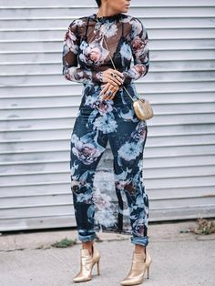 Ive never seen a full body mesh overlay like this. Looks amazing 👠 Stylish outfit ideas for women who love fashion! Black Women Fashion, Look Fashion, Autumn Fashion, Womens Fashion, Ladies Fashion, Feminine Fashion, Fashion 2018, Cheap Fashion, High Fashion