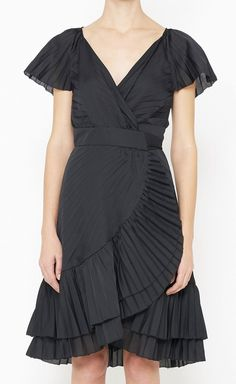 Diane von Furstenberg Black Dress..can't decide if I love it or not? It could be beautiful on.