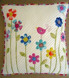 5 Patchwork Cusion Ideas - New Craft Works Applique Cushions, Patchwork Cushion, Sewing Pillows, Quilted Pillow, Applique Quilts, Patchwork Quilting, Bird Applique, Applique Patterns, Decor Pillows