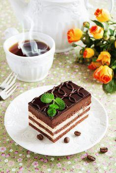 открытка гиф Mini Desserts, Dessert Recipes, Cafe Rico, Good Morning Coffee, Bon Weekend, Chocolate Coffee, Coffee Cafe, Afternoon Tea, Yummy Food