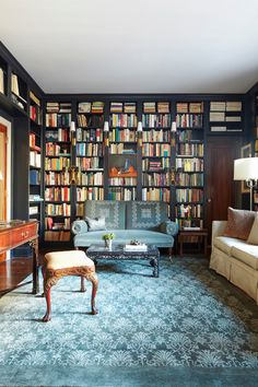 Happy weekend! We can't wait to curl up with a good book. What're you reading?