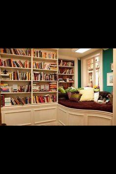 32 The Best Farmhouse Bookshelf Design Ideas - Popy Home Bookshelf Bed, Bookshelf Design, Bookshelves, Interior Exterior, Interior Design, New Orleans Homes, Home Libraries, Book Nooks, Reading Nooks