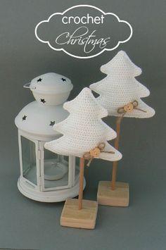 el crochet es apto para hacer adornos y detalles navideños. La elección de los colores y motivos será lo que marque la diferencia…