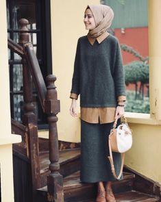Style Girl Street Sweaters New Ideas Modest Fashion Hijab, Street Hijab Fashion, Casual Hijab Outfit, Modest Outfits, Fashion Outfits, Hijab Abaya, Hijab Dress, Hijab Style, Hijab Chic