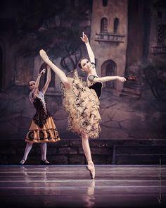 Anna MuromtsevaさんはInstagramを利用しています:「Toi toi toi for tomorrow Don Quixote everybody at #nationaloperaofukraine В связи завтрашним спектаклем ищите скидки в сториз на…」