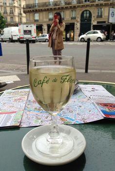 L'heure de l'apéro has arrived.... Happy Champagne (Wine) Friday!!!!