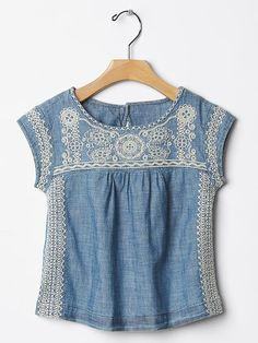 Gap | Floral embroidered chambray top