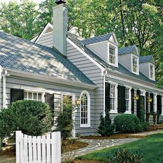 New Exterior Paint Colors For House Cottage Cape Cod Ideas House Paint Exterior, Exterior Paint Colors, Exterior House Colors, Paint Colors For Home, Exterior Shutters, House Shutters, Paint Colours, Style At Home, Cape Cod Exterior