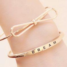 Dream gold bracelet
