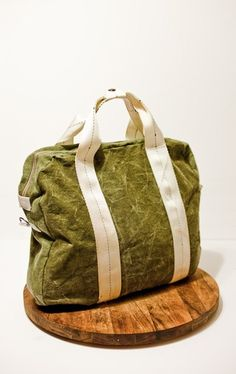 Etsy handmade army flight bag from Matt Hallenberger