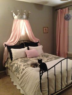 Turn Rags to Royalty .  Free tutorial with pictures on how to make a bed canopy in under 180 minutes using bucket, spray paint, and wax crayons. How To posted by BarryBelcher.  in the Home + DIY section Difficulty: Simple. Cost: Cheap. Steps: 8