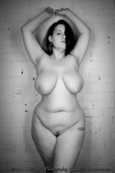 megabbwlust:  Lonely BBWs looking for a date - make an account and fuck them NOW!