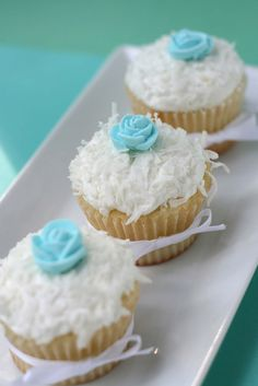 beautiful coconut cupcakes from whisk kid