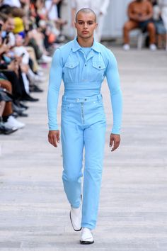 GmbH Spring 2020 Ready-to-Wear Fashion Show - Vogue Catwalk Fashion, Paris Fashion, Men's Fashion, Fashion Outfits, Dolly Fashion, La Mode Masculine, Androgynous Fashion, Fashion Show Collection, Fashion Labels