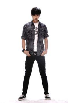 Daniel Padilla Early 2000s Fashion, Daniel Johns, Fashion Models, Mens Fashion, Daniel Padilla, Star Magic, John Ford, Hot Couples, Queen Of Hearts