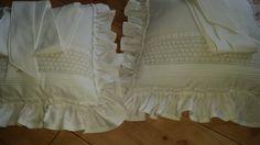Stuhlkissen aus alter Leinenwäsche