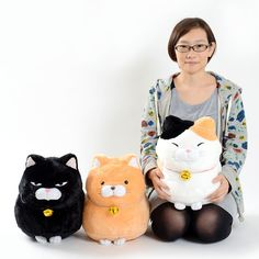 **Order the full set and receive a randomly selected mini plushie as a free bonus!** **Please note that the series and version of the free bonus mini plushies will be selected at random.*  Amuse just can't stop creating cute characters and these wonderfully round little cats are some of the most adorable yet! There are three Hige Manjyu plushies available including: Mi-sama a happy looking calico ... #plushie