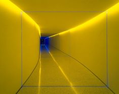 "James Turrell - Tunnel piece, ""The Inner Way"", 1999 - Projected light in tunnel - Photo: Florian Holzherr James Turrell, Land Art, Kurt Schwitters, Instalation Art, Street Art News, Light And Space, Light Art, Light And Shadow, Architecture"